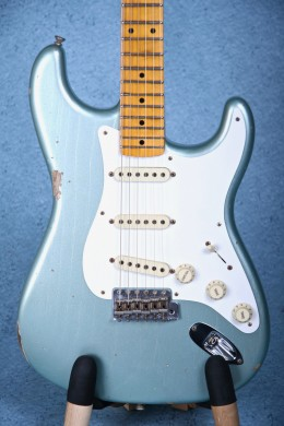 Fender Custom Shop 2016 Custom Collection 1958 Stratocaster Electric Guitar - Faded Firemist Silver CZ527518