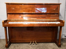Yamaha U1E Upright Piano Preowned - Y4933508