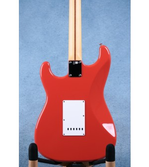 Fender Made In Japan Hybrid '50s Stratocaster Fiesta Red Electric Guitar - JD20018981
