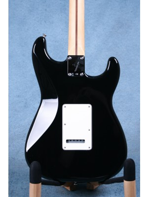 Fender Player Stratocaster Left Handed Black Electric Guitar (B-STOCK) - MX18189138B