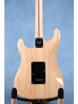 Fender American Professional Stratocaster Natural Maple Electric Guitar (B-STOCK) - US17065026B