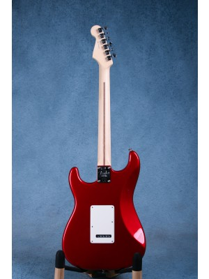 Fender American Professional Stratocaster Candy Apple Red Electric Guitar - US19020330