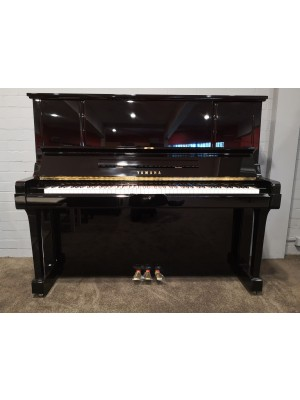 Yamaha UX3 Upright Piano Preowned - Y4369622