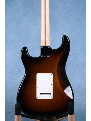 Fender American Special Stratocaster 3-Colour Sunburst Electric Guitar - US17119283