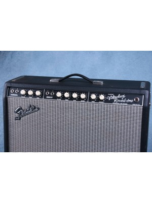 Fender Vibrolux Reverb Custom Combo Amplifier Preowned