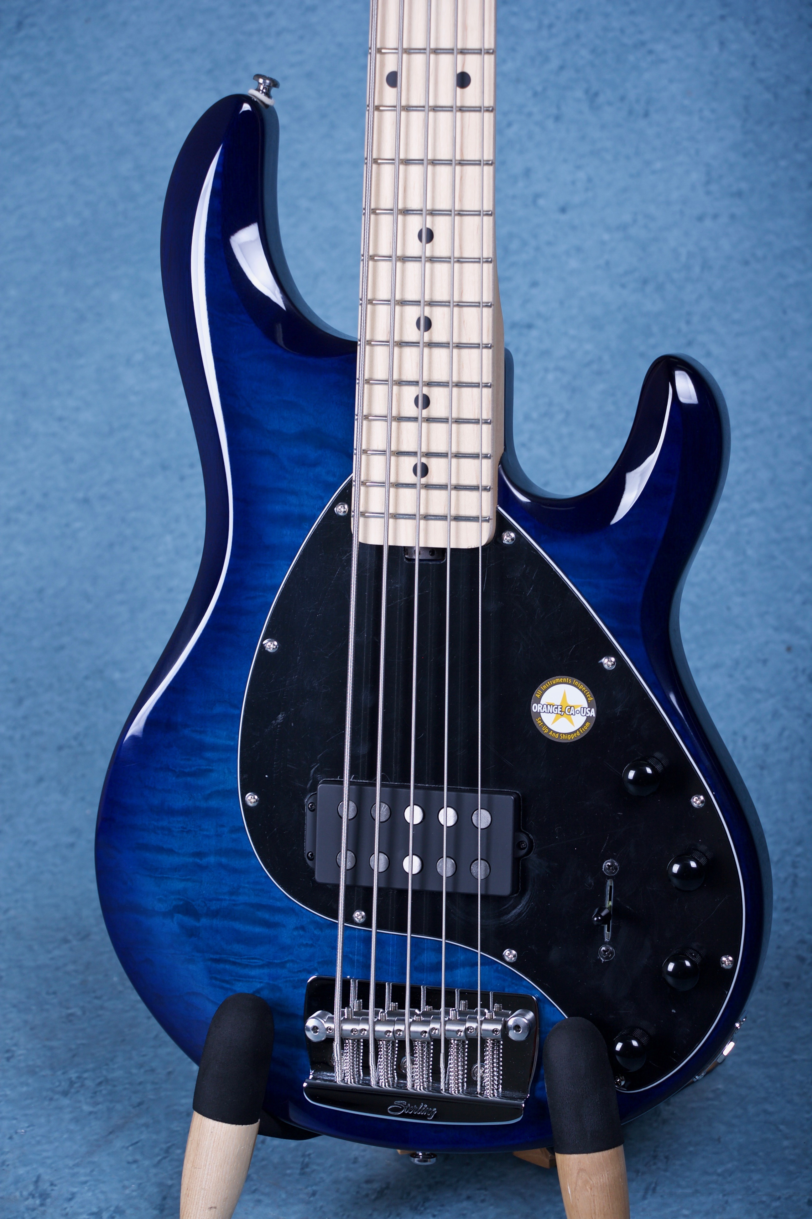 sterling by music man ray35 ray35qm african mahogany electric bass guitar neptune blue sr34166. Black Bedroom Furniture Sets. Home Design Ideas