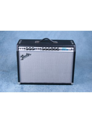 Fender '68 Custom Vibrolux Reverb Combo Guitar Amplifier - Preowned