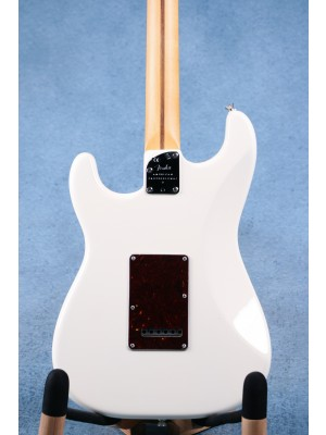 Fender American Professional II Stratocaster Olympic White Electric Guitar - US210002911