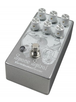 Earthquaker Devices Space Spiral Modulated Delay Effects Pedal
